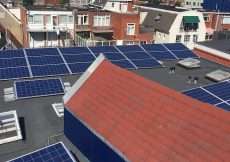 huis dak geschikt voor zonnepanelen