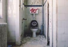 voegen badkamer herstellen