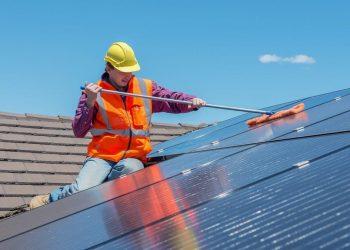zonnepanelen plat dak of schuin dak