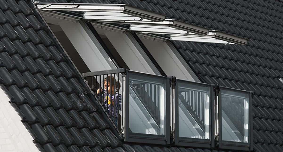 dakraam plaatsen zolderkamer frans balkon