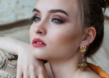 make-up aanbrengen met youtube filmpjes