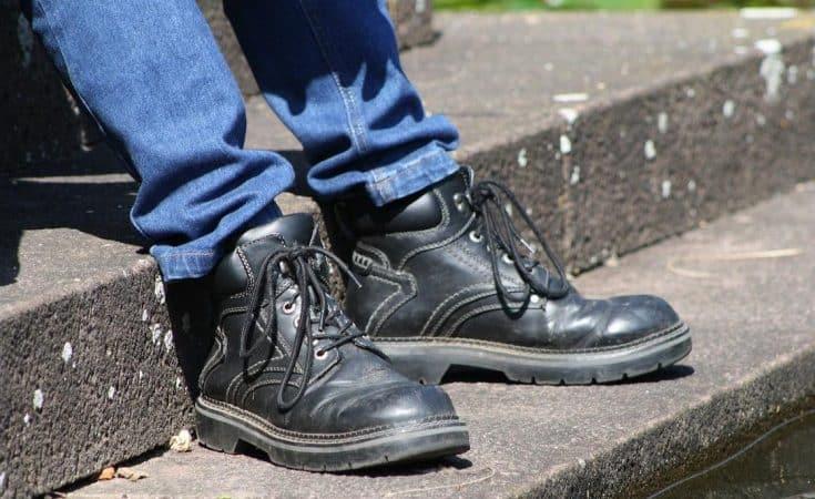 tips tegen zweetvoeten in werkschoenen